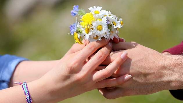 Onur Okan Demirci: Sevgililer Günü karamsarlığa yol açıyor