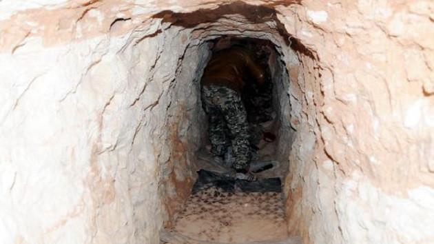 PYD'li teröristler her tepeye kule ve tünel inşa etmiş
