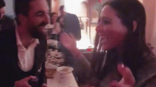 Arda Turan'dan Aslıhan Doğan'a evlilik teklifi