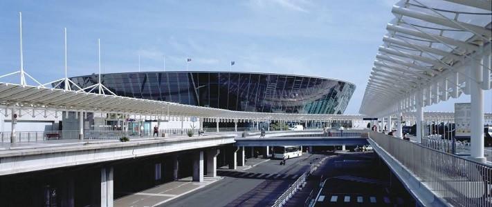 Fransa'daki Nice havaalanında bomba paniği