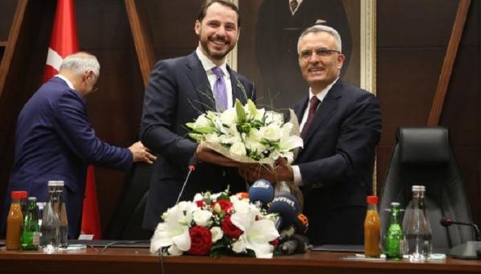 Yeni Hazine ve Maliye Bakanı Albayrak'tan küçük çiçek esprisi