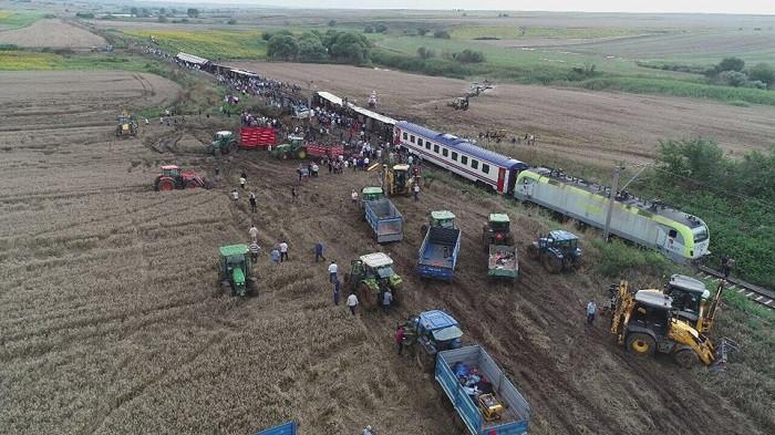 Tren kazasında ölen Bihter'in annesi ve Beren'in babası zor günleri anlattı
