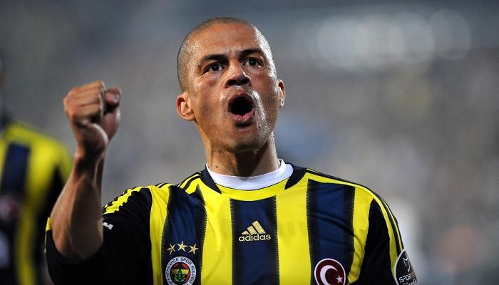 Alex'ten Dünya Fenerbahçeliler Günü kutlaması