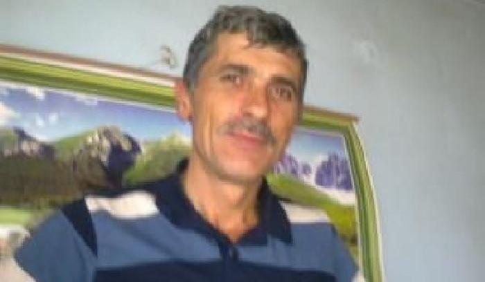 Kestiği ağacın altında kalan işçi hayatını kaybetti