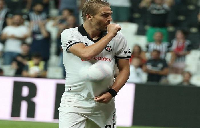Caner Erkin golünü hamile eşine hediye etti