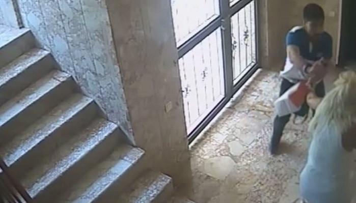 Rus kadına dehşeti yaşattı! Kabus anları kameralara yakalandı