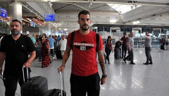 Negredo Al Nasr için sağlık kontrolünden geçti! Beşiktaş karıştı