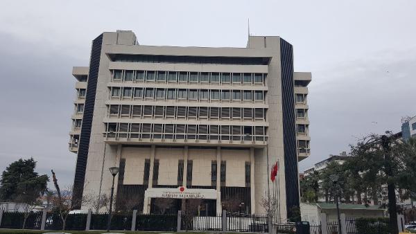 İzmir'deki Başbakanlık Ofisi Cumhurbaşkanlığı İletişim Başkanlığı oldu