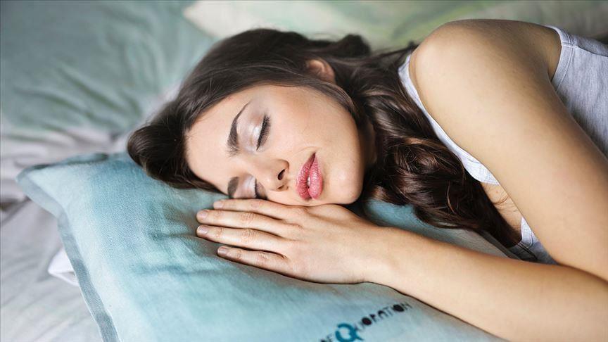 Genetik olarak az uykuyla yetinenler kaç saat uyur?