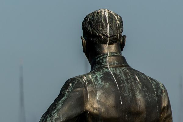 İlk yapılan Atatürk'ün heykeli içler acısı halde