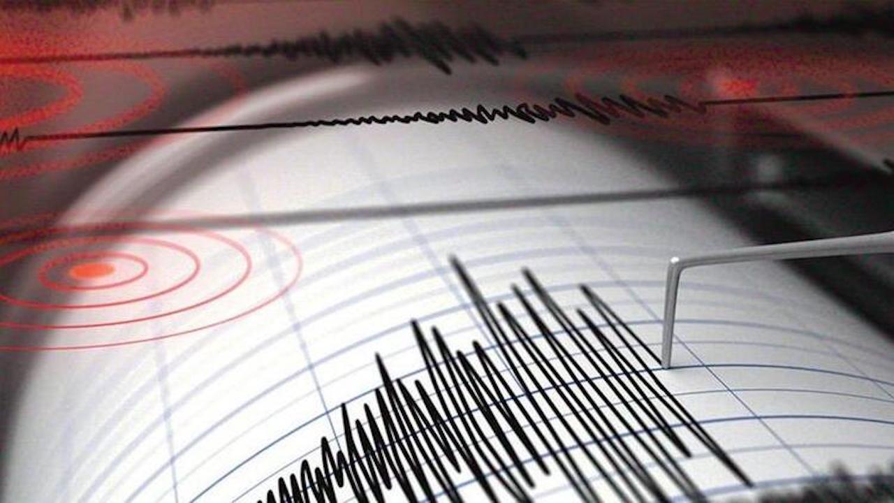 Son dakika: Çanakkale'de 3.5 büyüklüğünde korkutan deprem