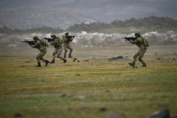TSK, IŞİD ile göğüs göğüse mücadele eden tek NATO ülkesi ordusudur
