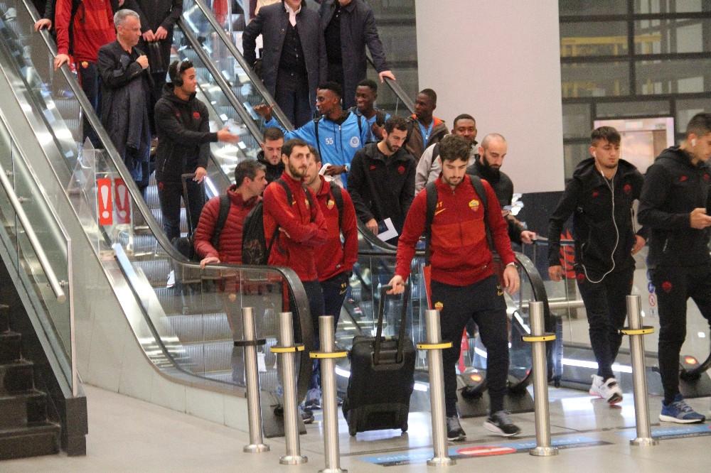 Roma,Medipol Başakşehir maçı için İstanbul'da