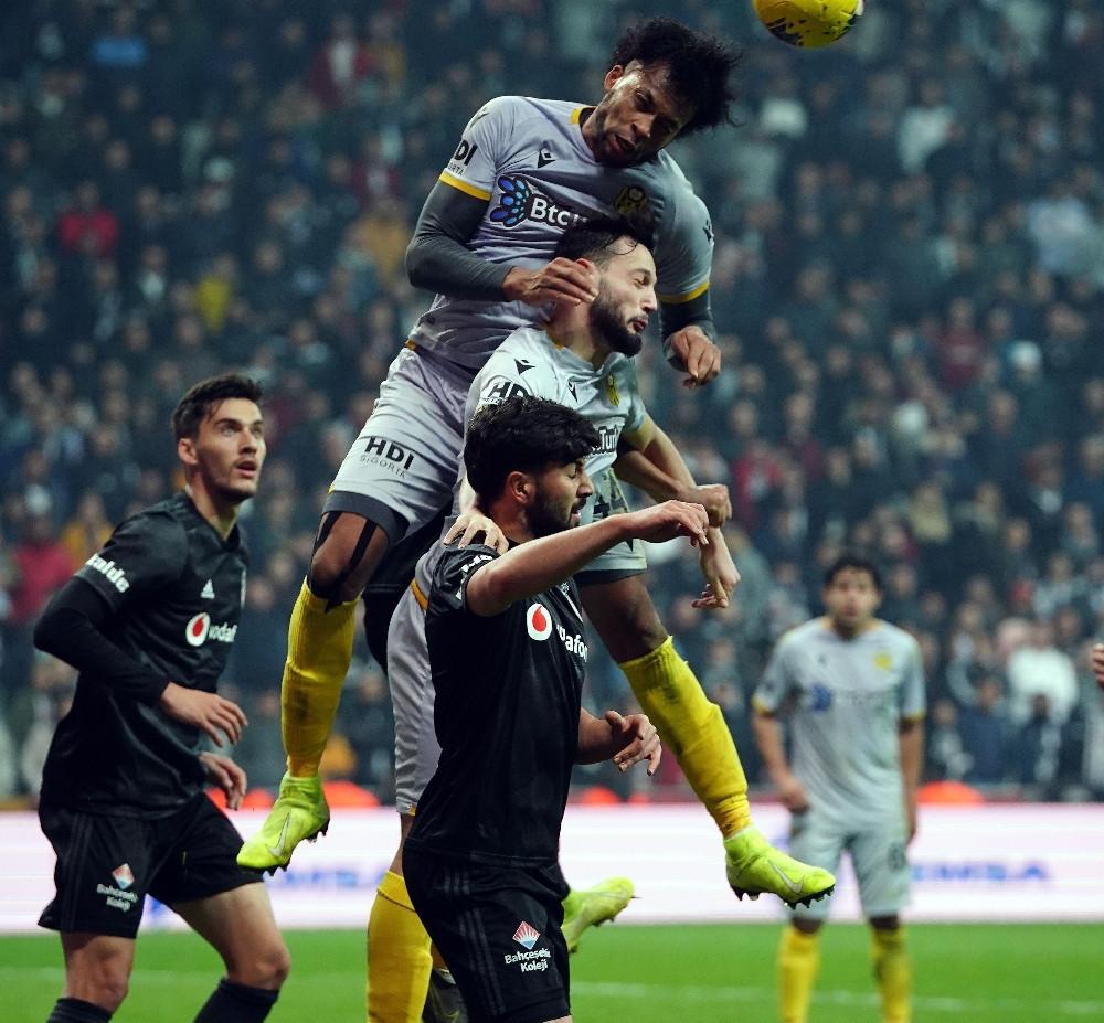 Beşiktaş kendi sahasında kayıp! Yeni Malatyaspor'a 2-0 yenildi