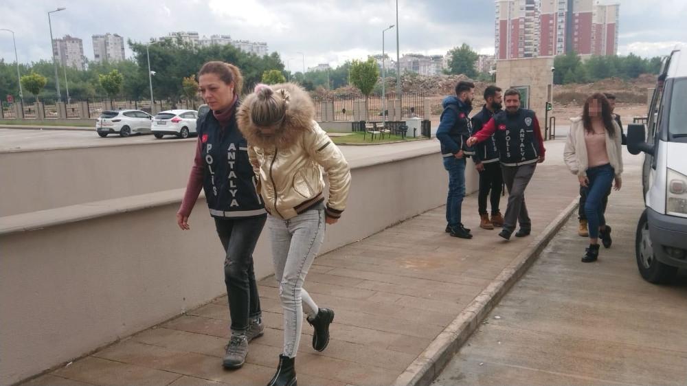 Antalya'da adrese teslim bisikletli escort kız servisi