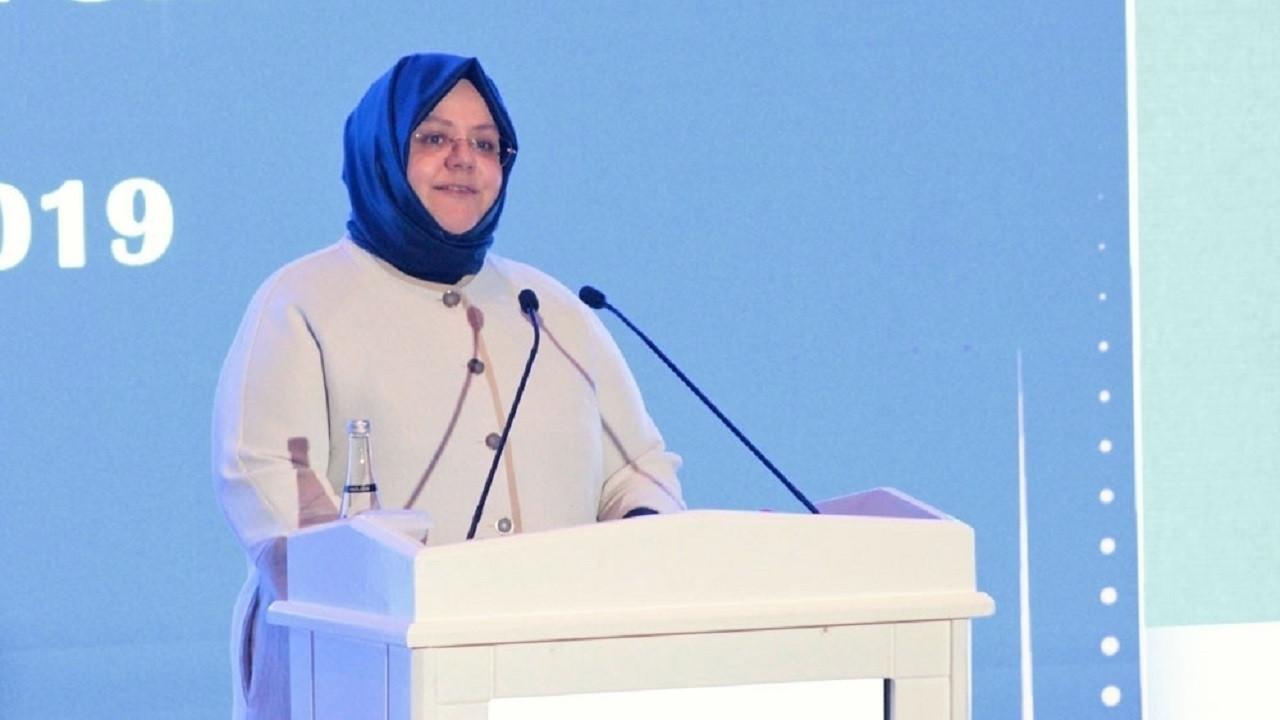Zehra Zümrüt Selçuk'tan Ceren Özdemir ve Şule Çet açıklaması