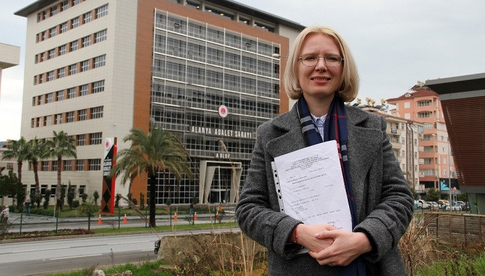 Rus gelin Anastasia resmi adaylık başvurusunu yaptı