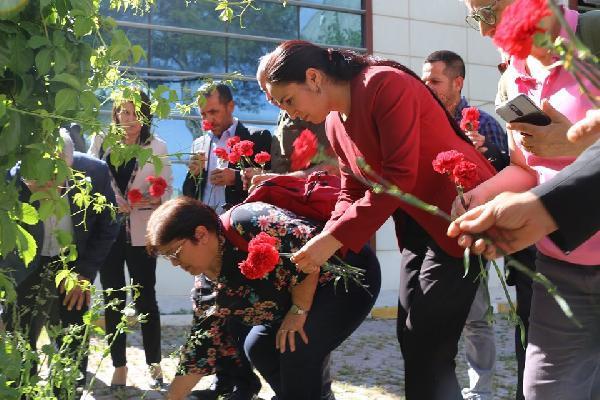 Suruç'ta, bombalı saldırısında ölenler anıldı