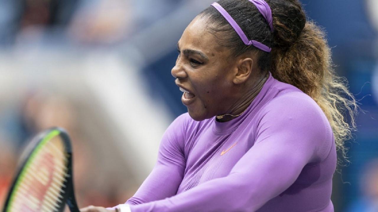 Serena Williams anne olduktan sonra ilk şampiyonluğuna ulaştı