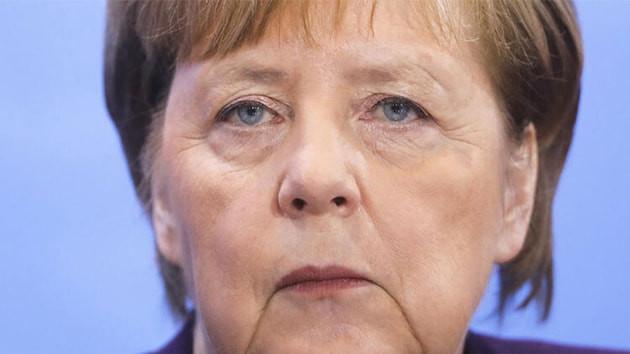 Almanya Başbakanı Merkel'e yapılan Kovid-19 testi negatif çıktı