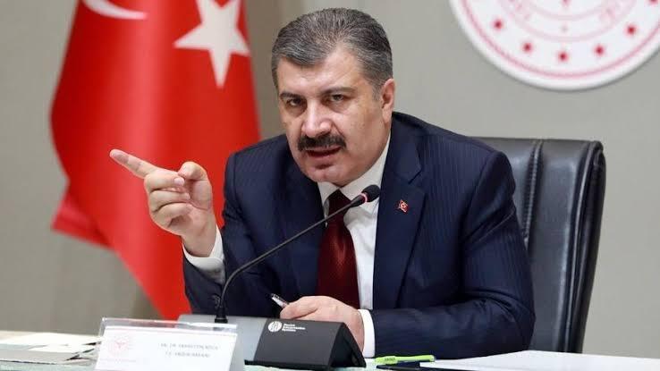 Sağlık Bakanı Koca'dan itiraf: Her vakayı hasta saymıyoruz